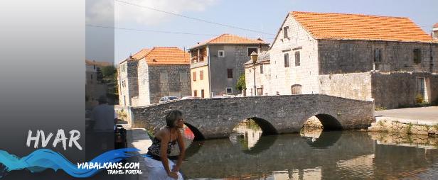 most na Hvaru Hvar, otok okupan suncem