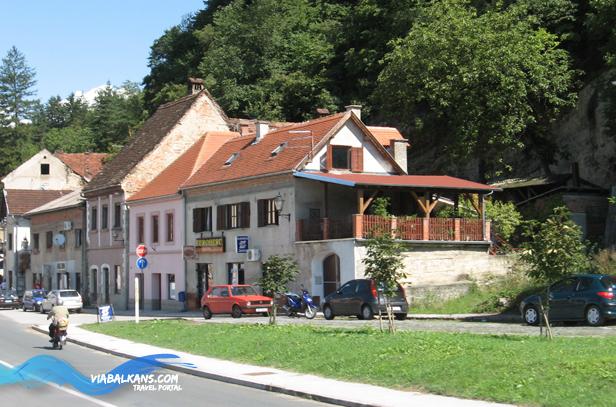 kostajnica glavna ulica HRVATSKA KOSTAJNICA   ČAROLIJA NA UNI
