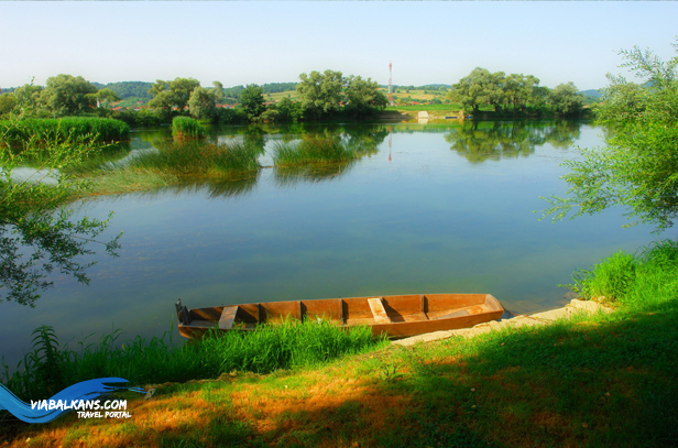 rijeka una camac HRVATSKA KOSTAJNICA   ČAROLIJA NA UNI