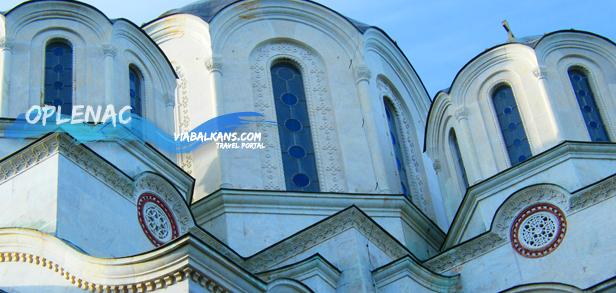 oplenac crkva Oplenac, postojbina Crnog Đorđa i vina rujnog