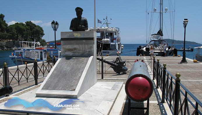 spomenik-podmornicarima